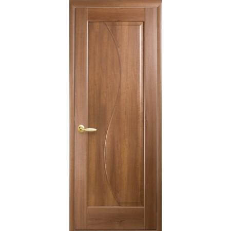 Двери межкомнатные Эскада глухое золотая ольха