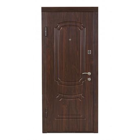 Двери входные ПO-01 Орех коньячный